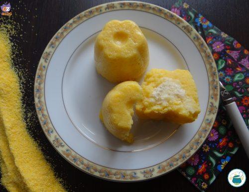 Muffin di polenta ai formaggi – ricetta –