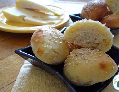 Panini al formaggio /lievitati naturali