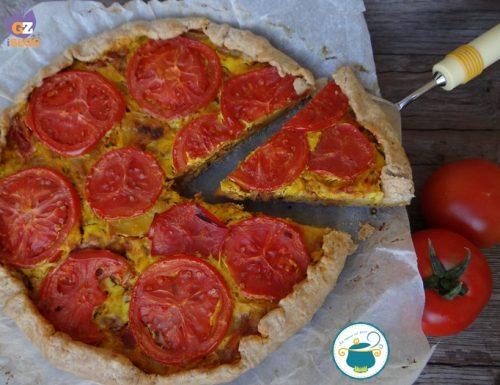 Quiche di pomodori patate e tonno / ricetta