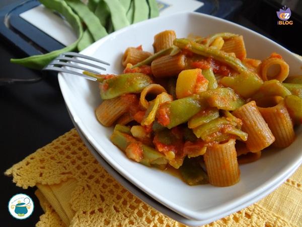 pasta con taccole e patate