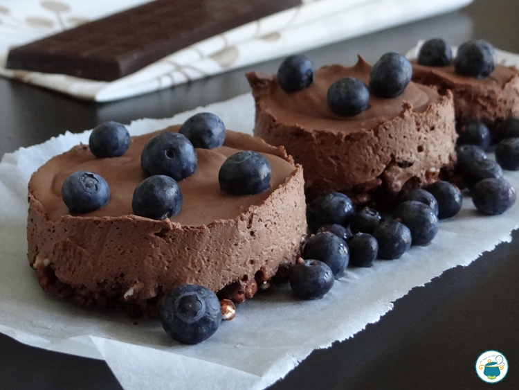 Mousse cake cioccolato e mirtilli