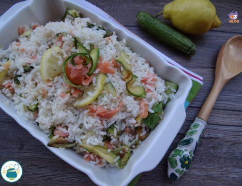 Riso con zucchine, salmone e limone – ricetta fredda –