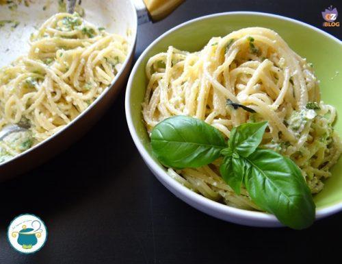 Spaghetti con zucchine e crema di formaggi – primi piatti –