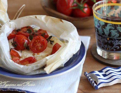 Feta al cartoccio alla greca/ ricetta tipica