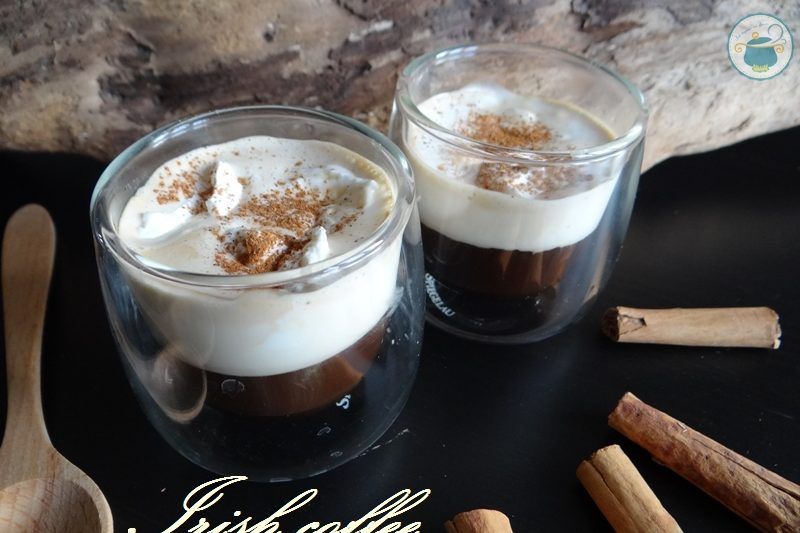 Irish coffee alla cannella / caffè irlandese