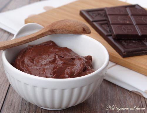 Crema al cioccolato senza lattosio e uova, velocissima