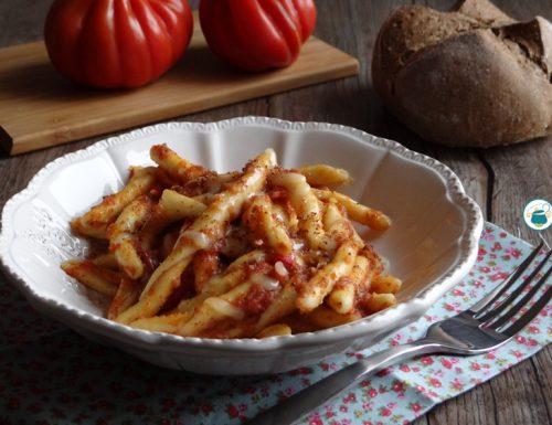 Maccheroni ammollicati con pomodoro