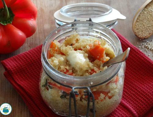 Quinoa in vasocottura ai peperoni