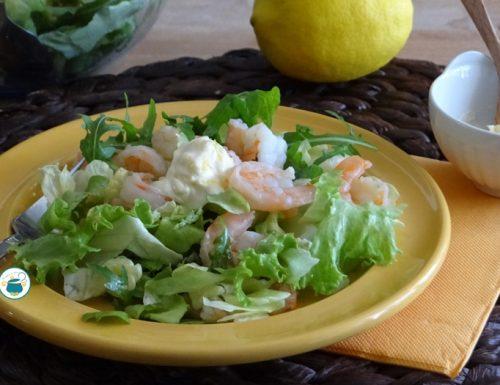 Insalata di gamberi con maionese al limone