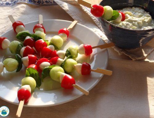 Spiedini vegetariani alla greca – senza cottura –