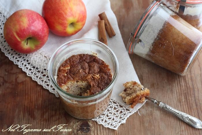 Torta di mele in vasetto
