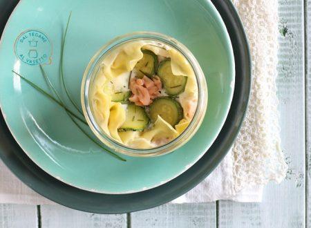 Lasagne in vasetto con zucchine e salmone