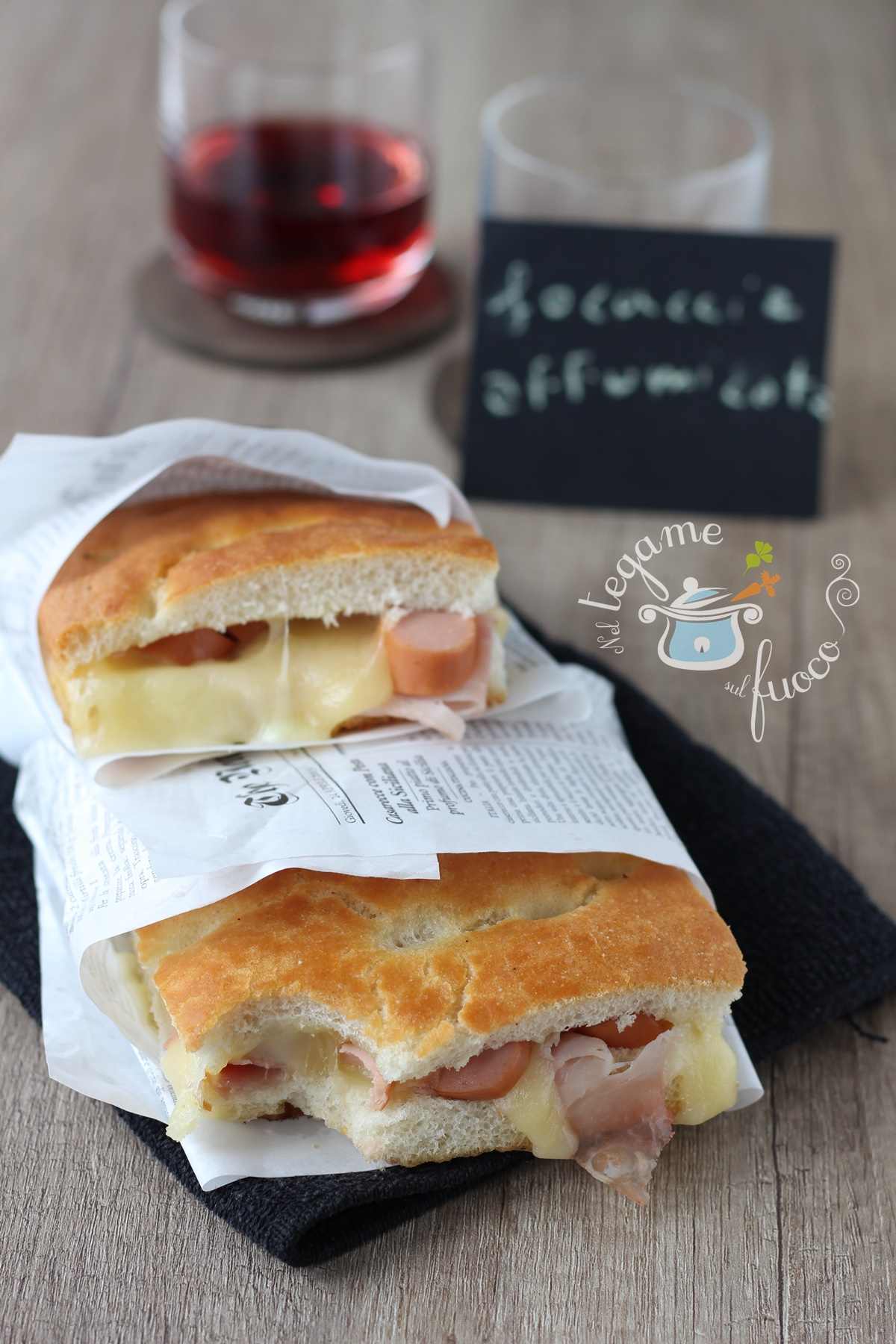 focaccia+ripiena+wurstel+formaggio