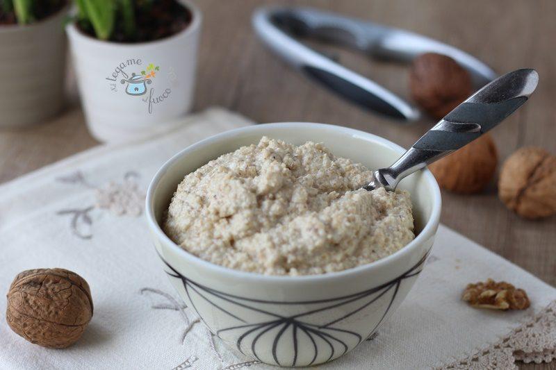 Salsa di noci – ricetta senza panna e senza aglio –