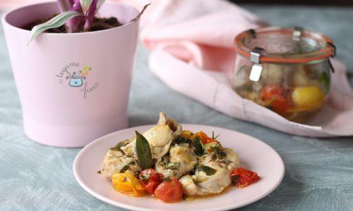 Coniglio in vasocottura alle erbe e pomodorini