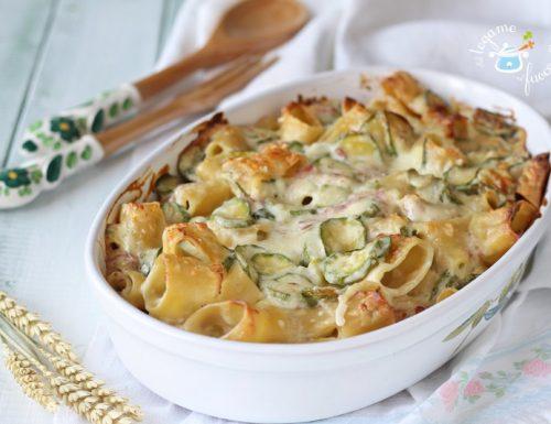 Pasta al forno bianca con zucchine