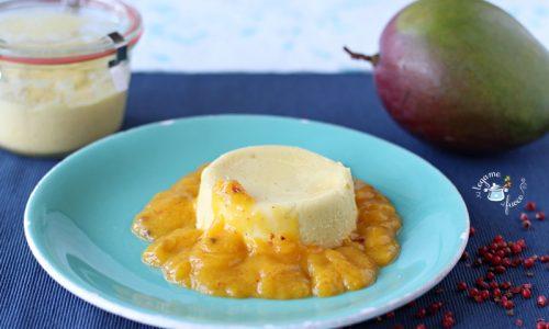 Panna cotta in vasocottura al mango e pepe rosa