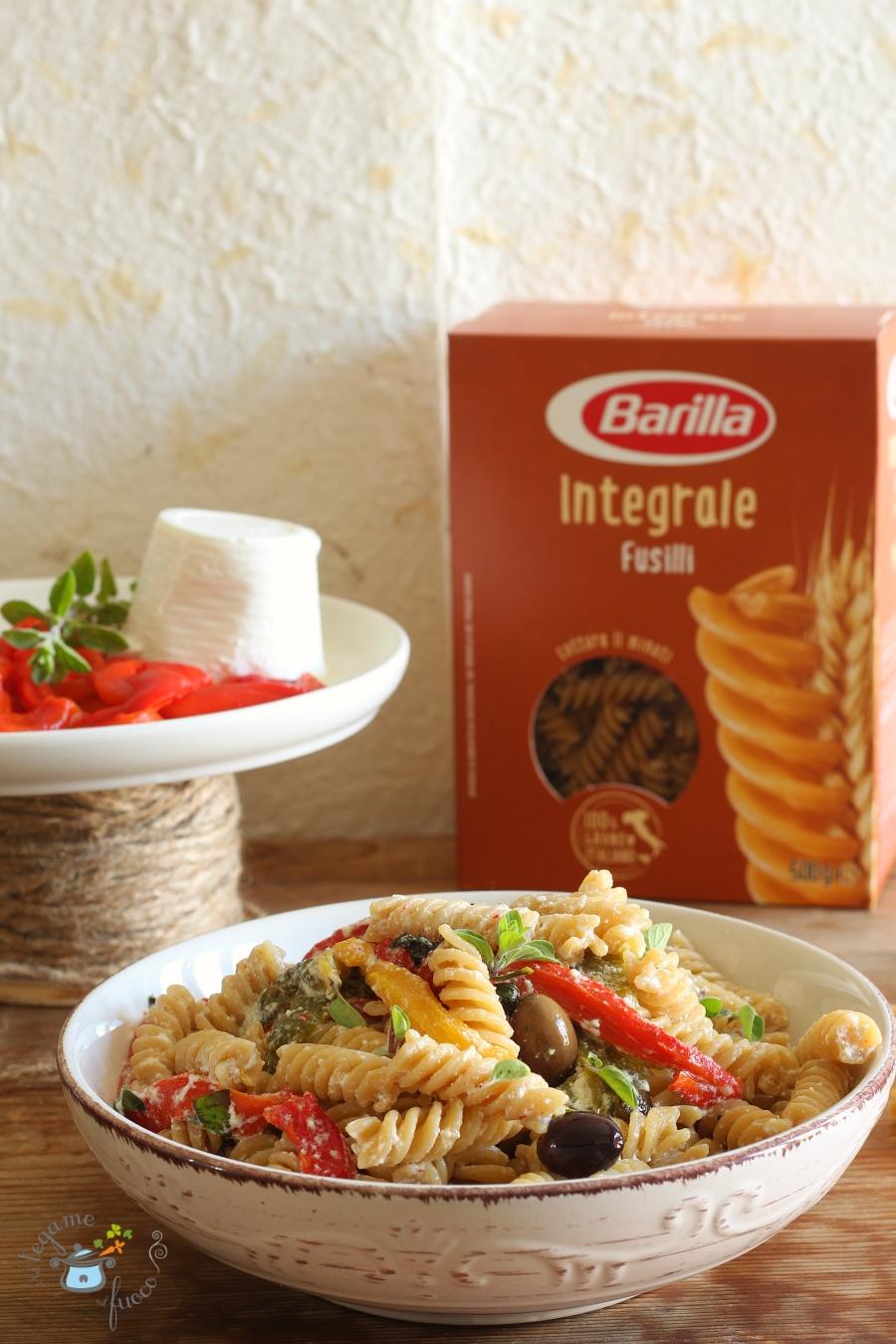 ricetta pasta integrale con crema di ricotta e peperoni