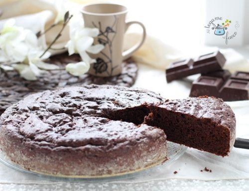 Torta con zucchero di cocco al cacao e yogurt greco