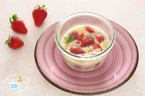Torta morbida in vasocottura alle fragole
