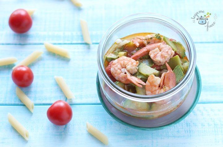 Sugo in vasocottura con gamberi e zucchine