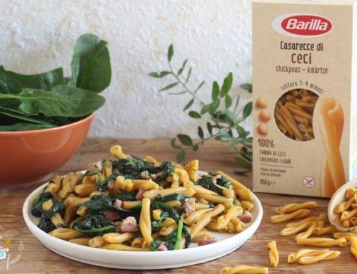 Casarecce di ceci risottate con spinaci e pancetta