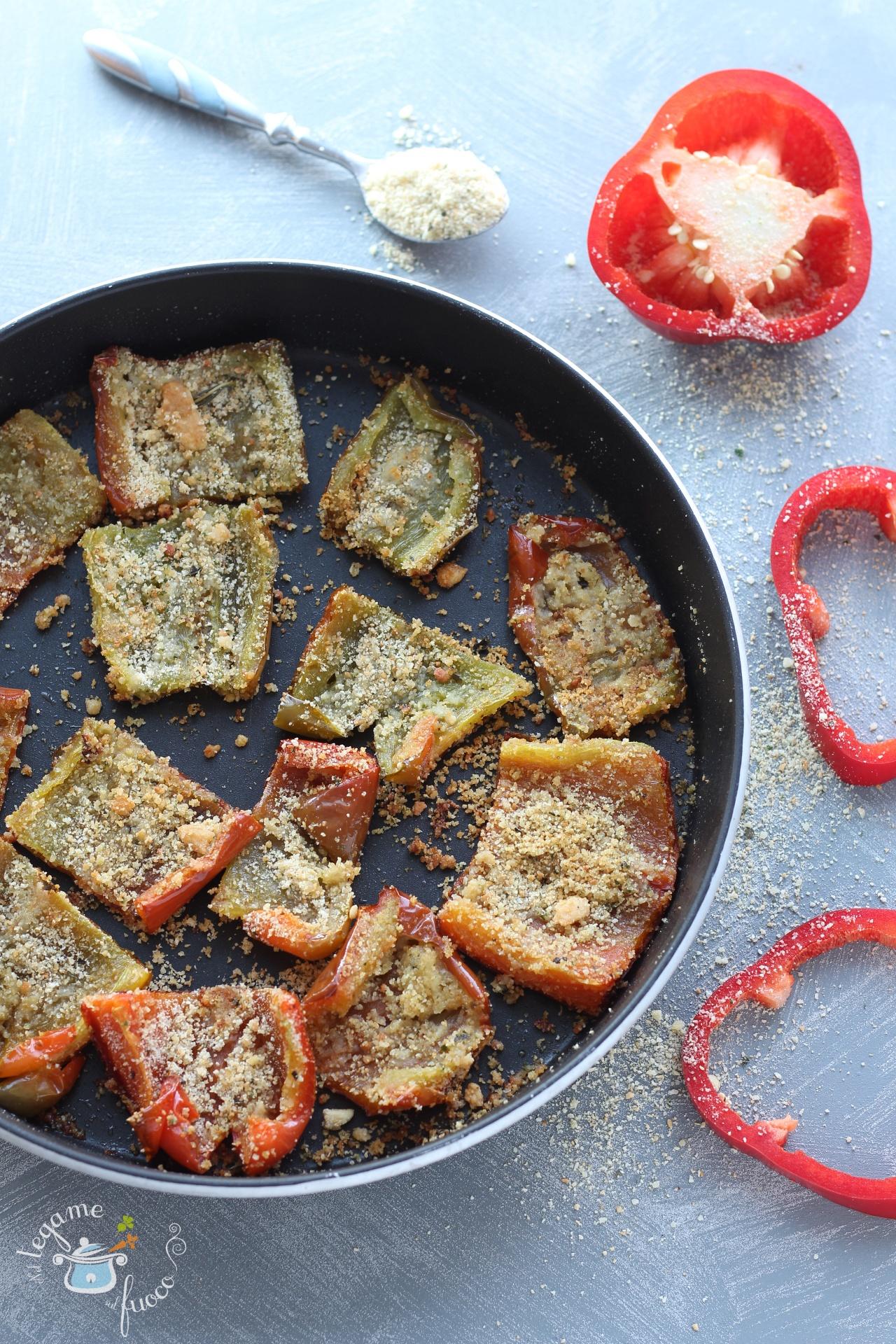 come fare i peperoni gratinati al microonde con mollica