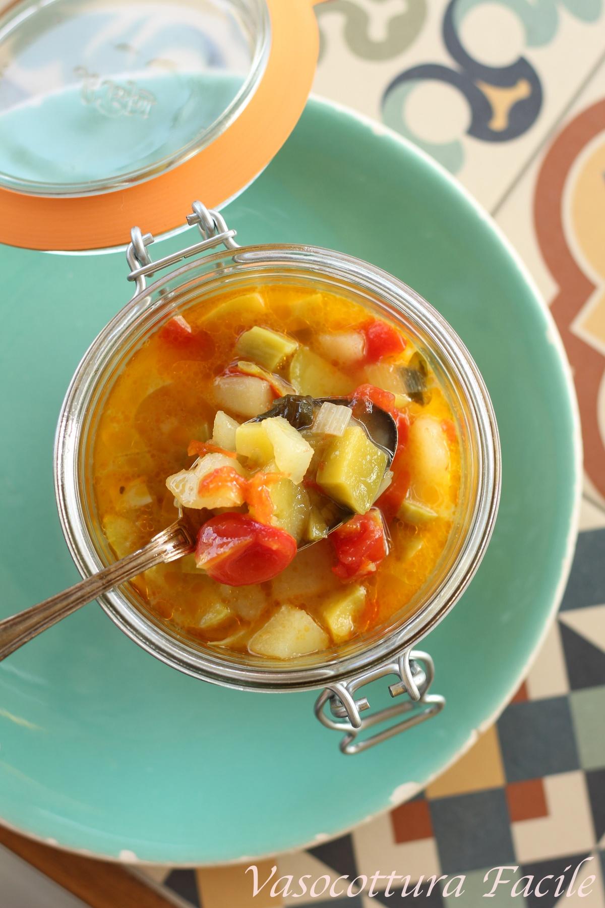 minestra con zucchine trombetta in vasocottura al microonde