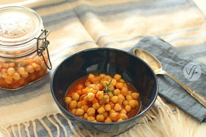 Zuppa di ceci in vasocottura