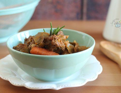 Spezzatino con carote in pentola a pressione