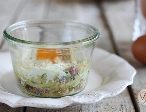 Tortino di patate con uova in vasocottura