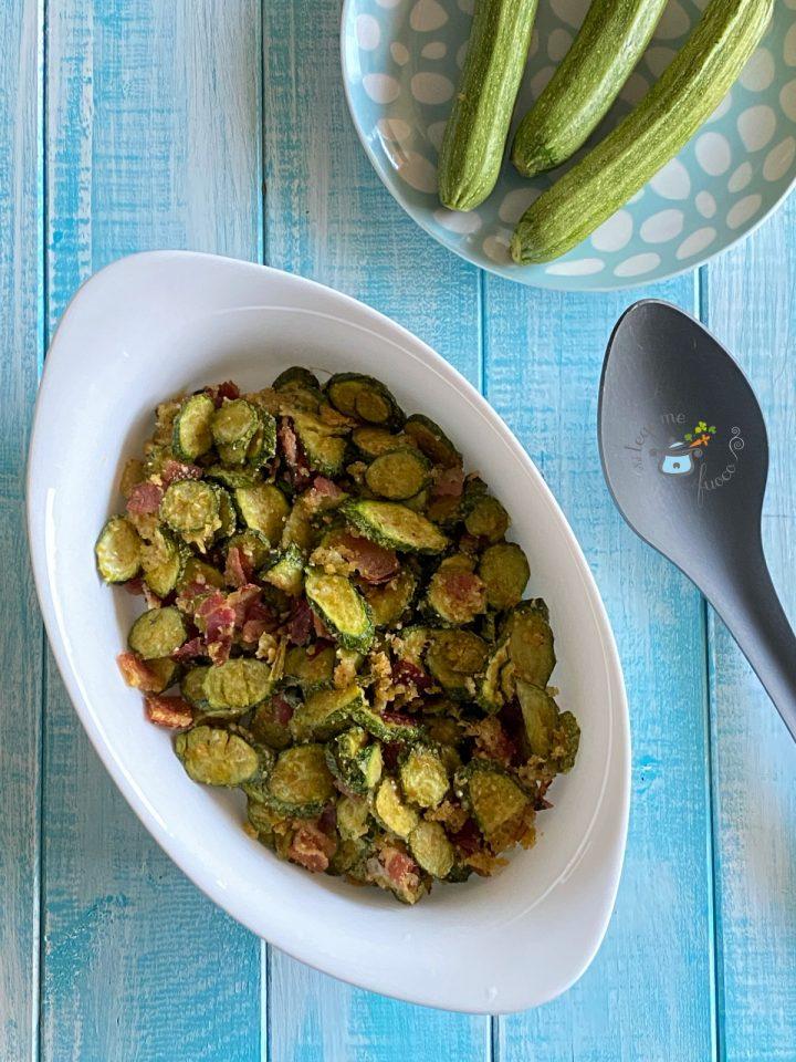 zucchine gratinate con pangrattato e speck al microonde