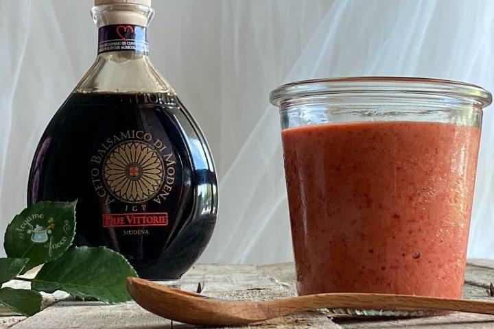 Salsa alle fragole e balsamico