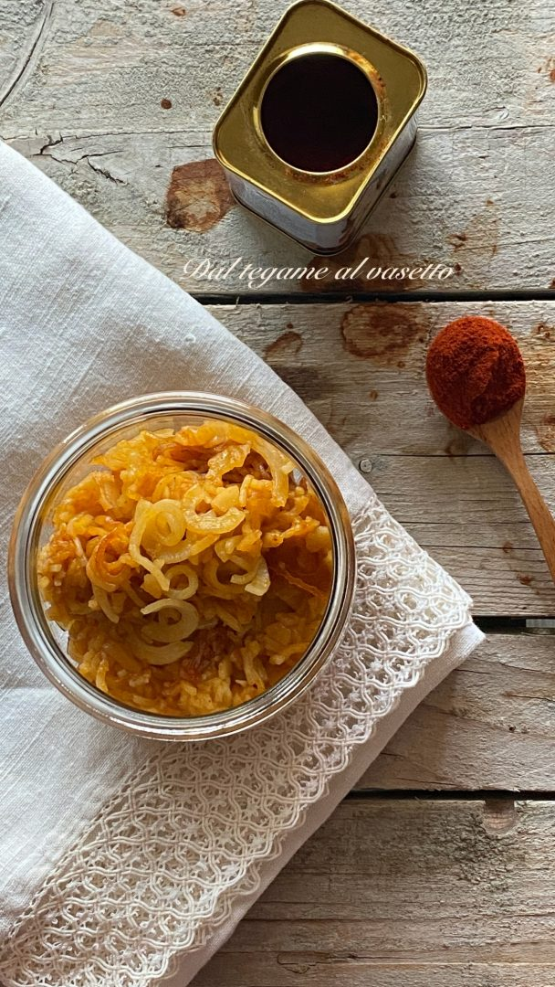 spaghetti di patate alla paprika in vasocottura