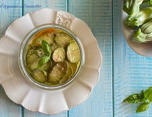 Tortino di zucchine e fiori di zucca in vasocottura