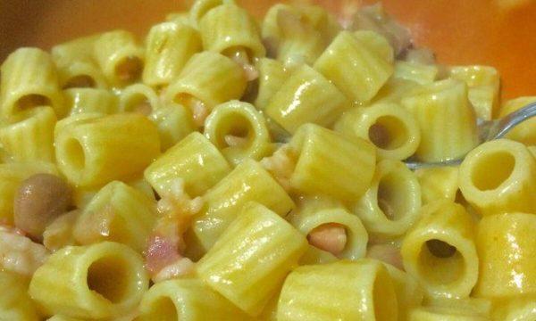 Pasta con fagioli e pancetta cremosa ..col trucchetto!