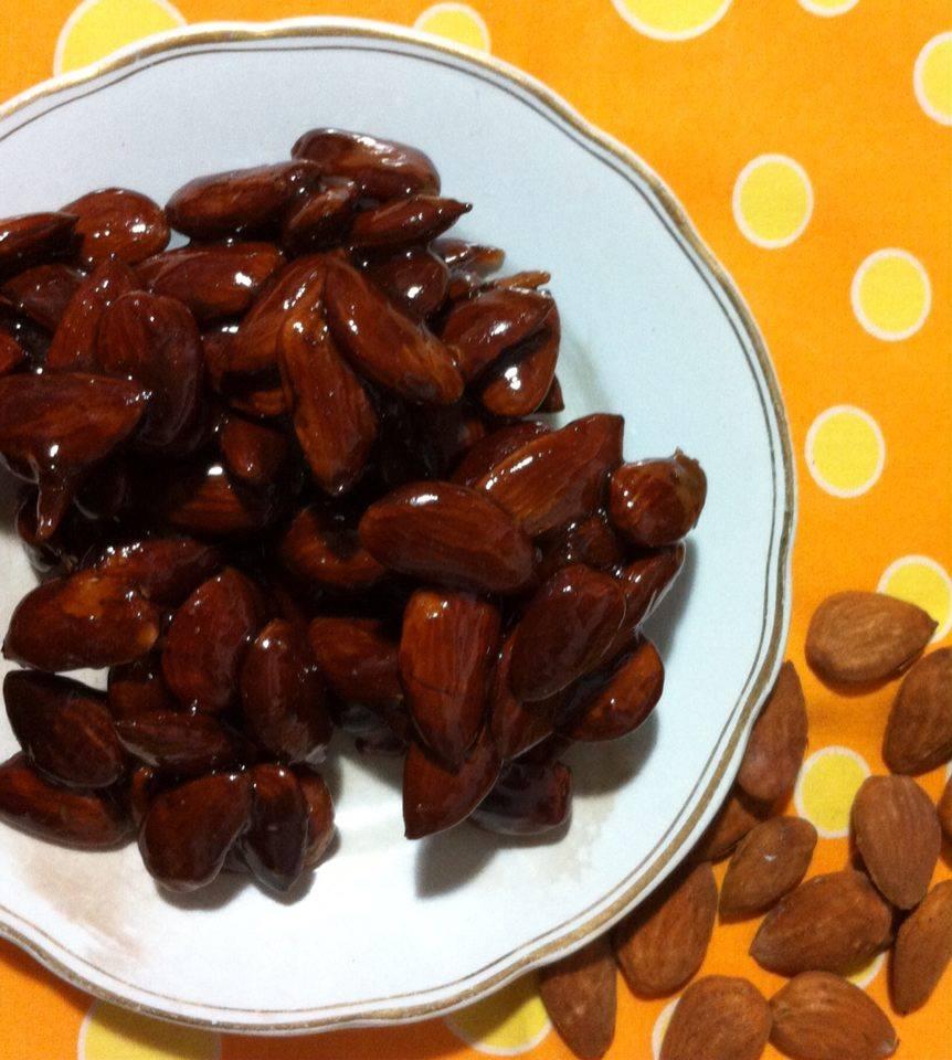Torrone alle mandorle (2 ricette)
