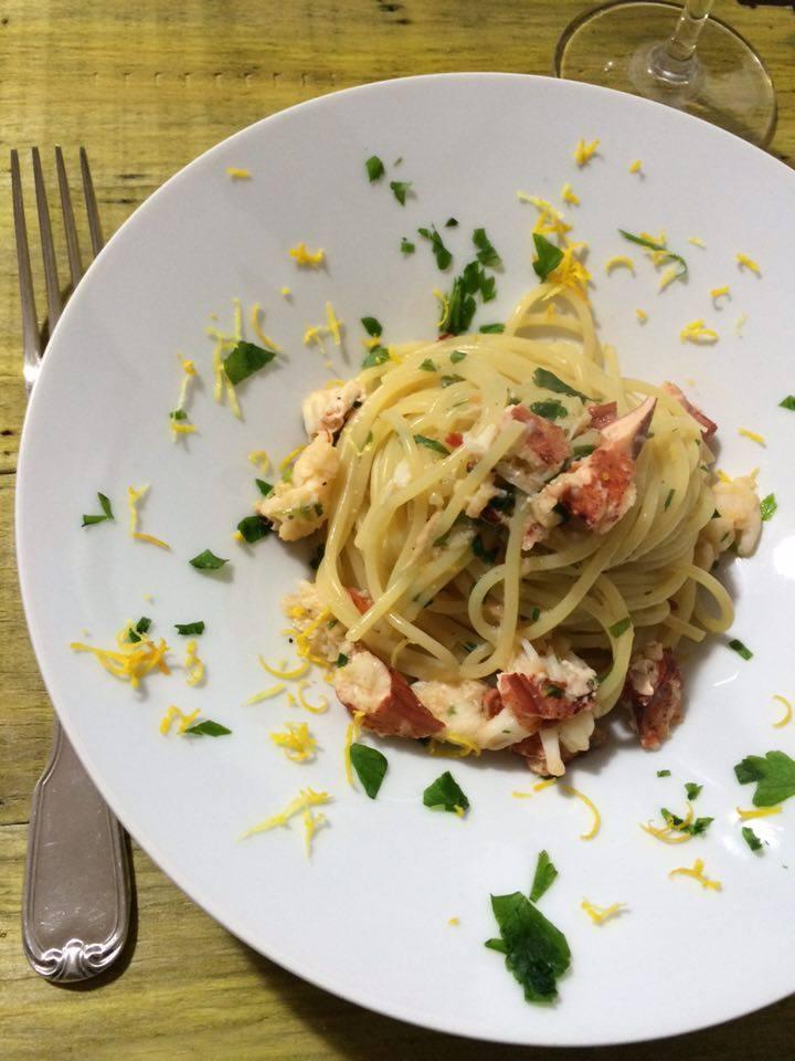 Spaghetti con aragosta agli agrumi