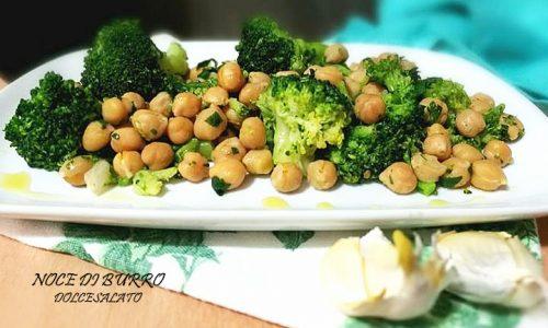 Insalata fredda di ceci e broccoli