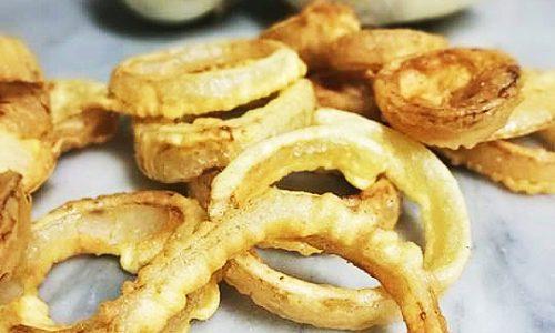 Anelli di cipolla croccanti (Onion Rings)