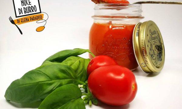 Conserva di pomodoro veloce… cotta al forno!