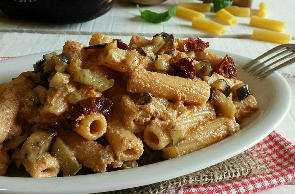 Pesto alla siciliana vegan con tortiglioni for Secondi piatti romani