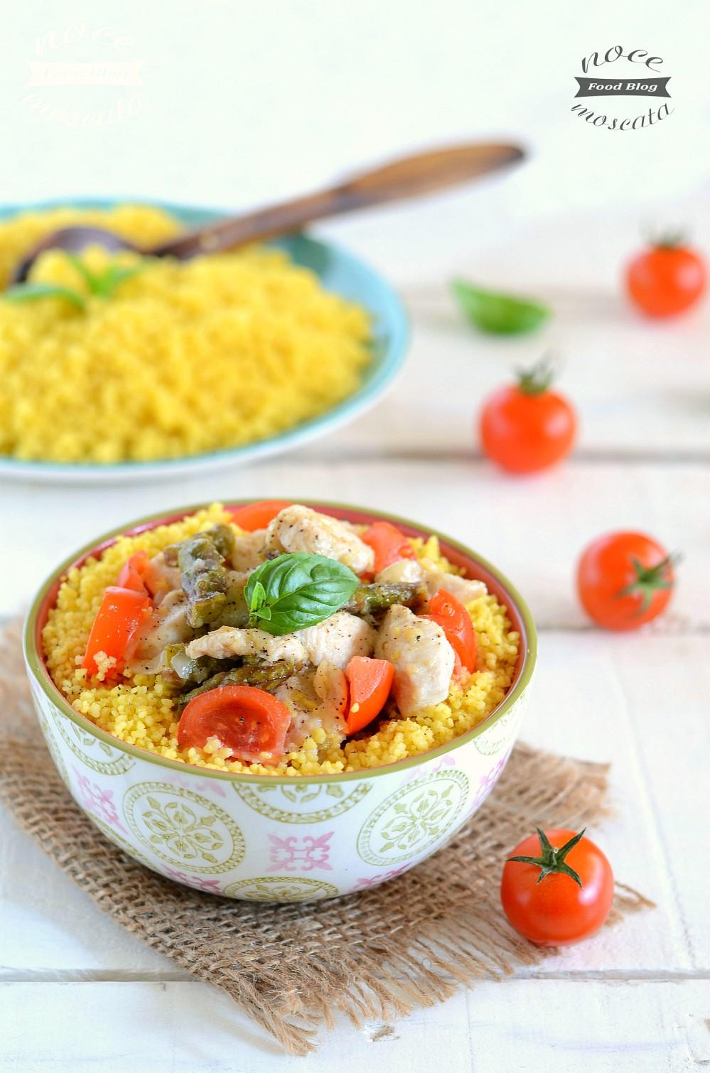 Cuscus allo zafferano con pollo e asparagi