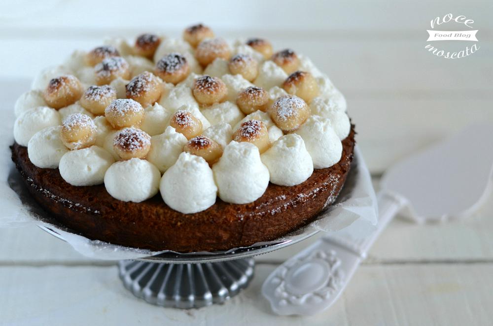 Torta Soffice al Caffè e Noci di Macadamia