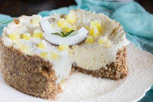 Torta esotica cocco e ananas