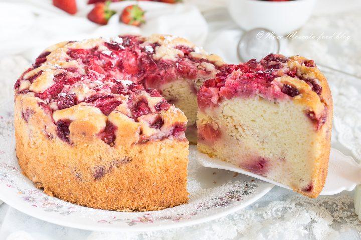 Torta soffice ricotta e fragole