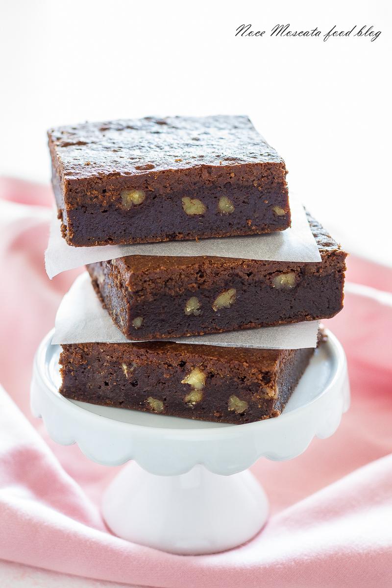 Brownies al doppio cioccolato e noci