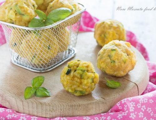 Polpette di riso con zucchine e curry