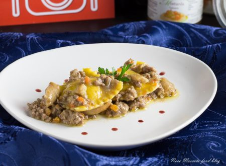 Ravioli al ragù d'anatra e porcini, ripieni con formaggi e mostarda veneta