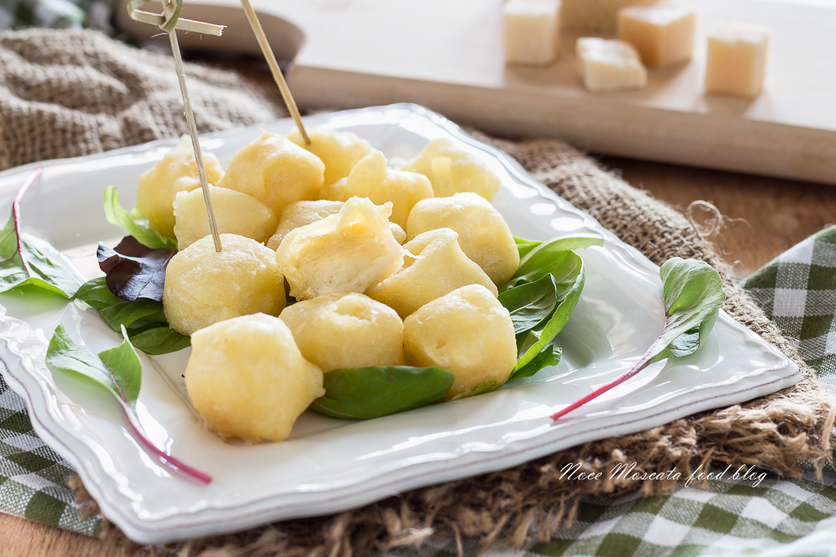 Bocconcini di Parmigiano Fritti in Pastella di Birra